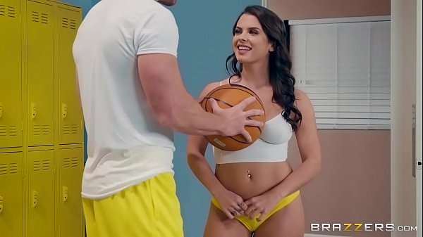 Hot Young Pornstar Keisha Grey in Big Tits At School by Brazzers